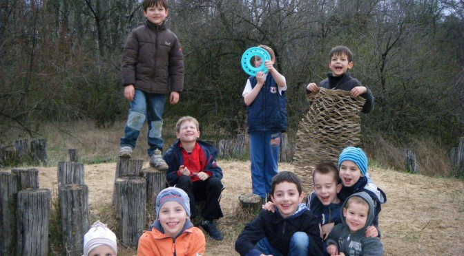 gyerekbuli erdőn-mezőn